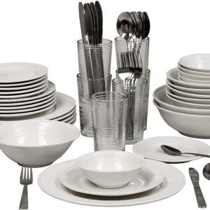 62-Piece Dinnerware Set